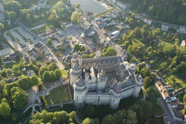 L'histoire du chateau de Pierrefonds Pierrefonds2